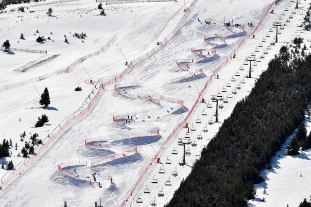 La Molina hosts the world premiere of the new Dual Banked Slalom at the IPC Parasnowboard World Cup